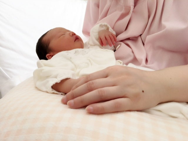 出産した後の入院日数は?初めてのママで6〜7日間