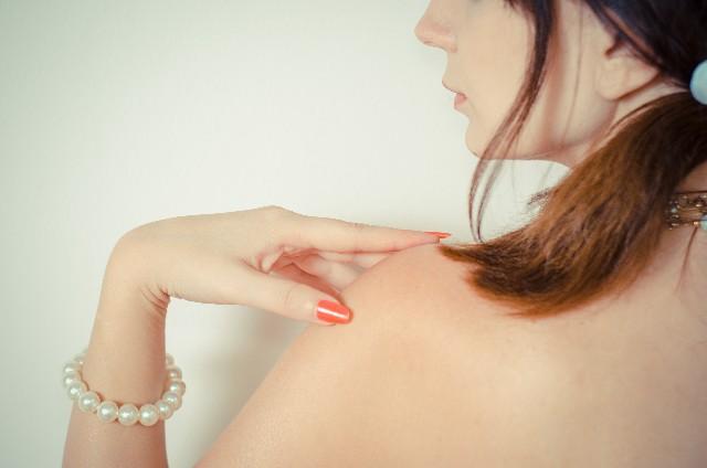 妊娠初期に起きやすい乾燥肌の原因と5つの対策