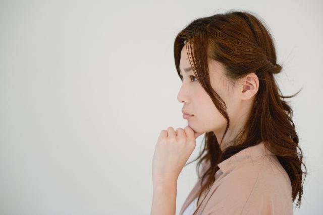 産後の抜け毛が気になるママへ7つの予防対策